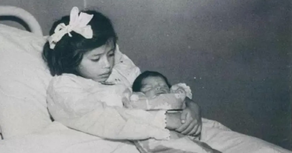 The World's Youngest Mother Who Gave Birth at the Age of 5   by Andrei Tapalaga ✒️   History of Yesterday