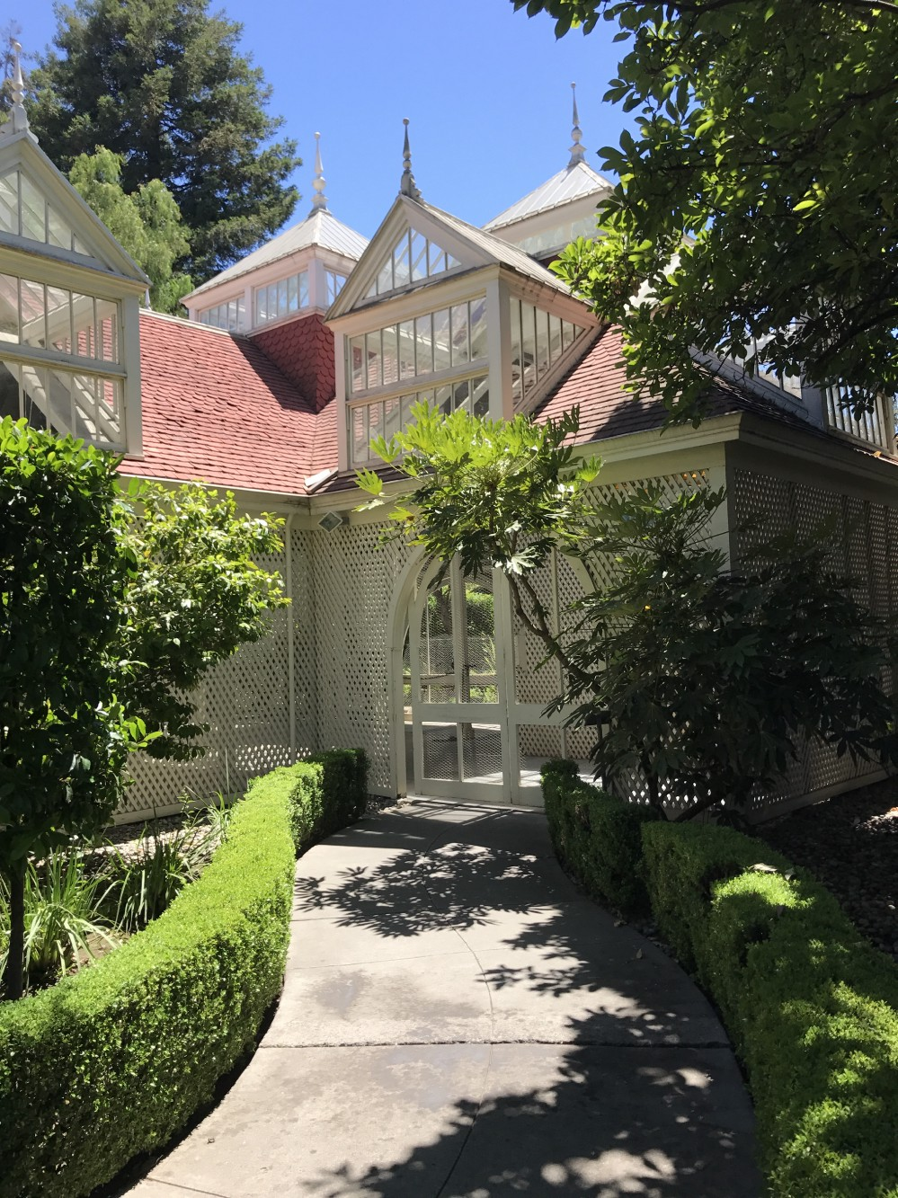The Best and Worst Rooms in the Winchester Mystery House ...