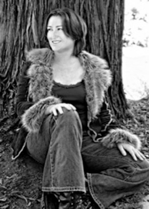 A black-and-white photo  of Jodi Compton, who is, believe me, extremely attractive.