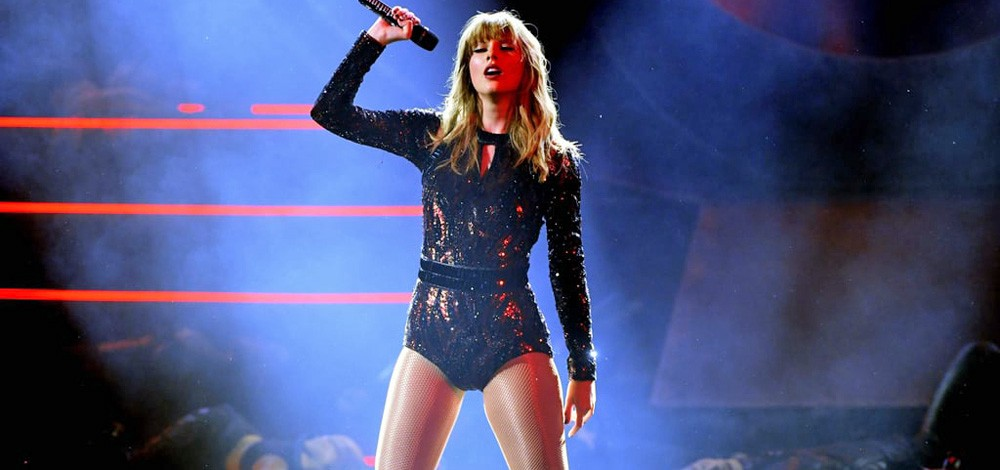 Taylor Swift Is Political Now Oh Good That Should Help By Mike Redmond Medium
