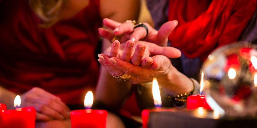 Famous Indian Psychic Astrologer in USA & Canada Best voodoo