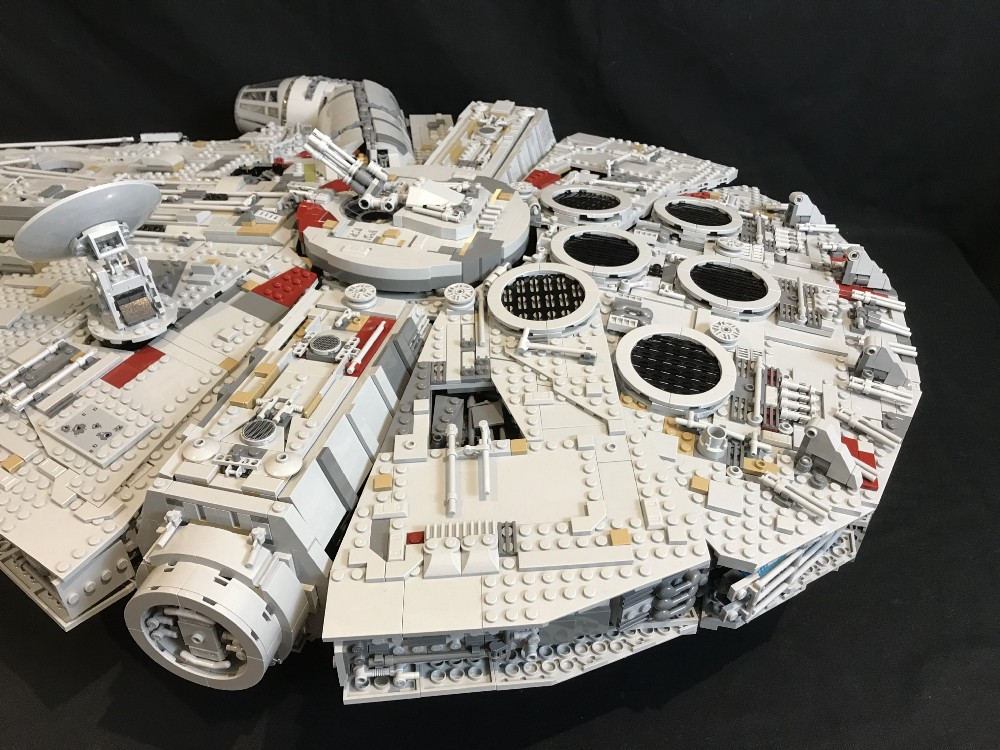 Light My Bricks: LEGO UCS Millennium Falcon 75192 Lighting Kit