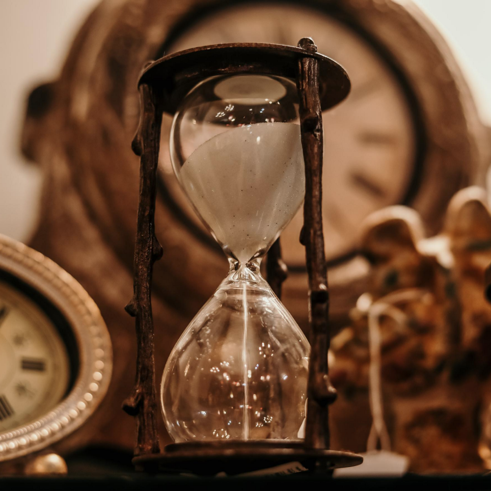 When it starts, it goes until it stops. It waits for no man. The hour glass.
