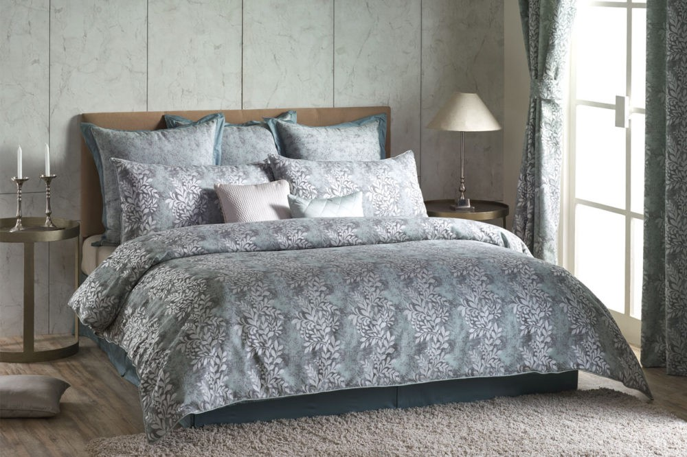 Differences And Similarities Between Duvets And Comforter Sets