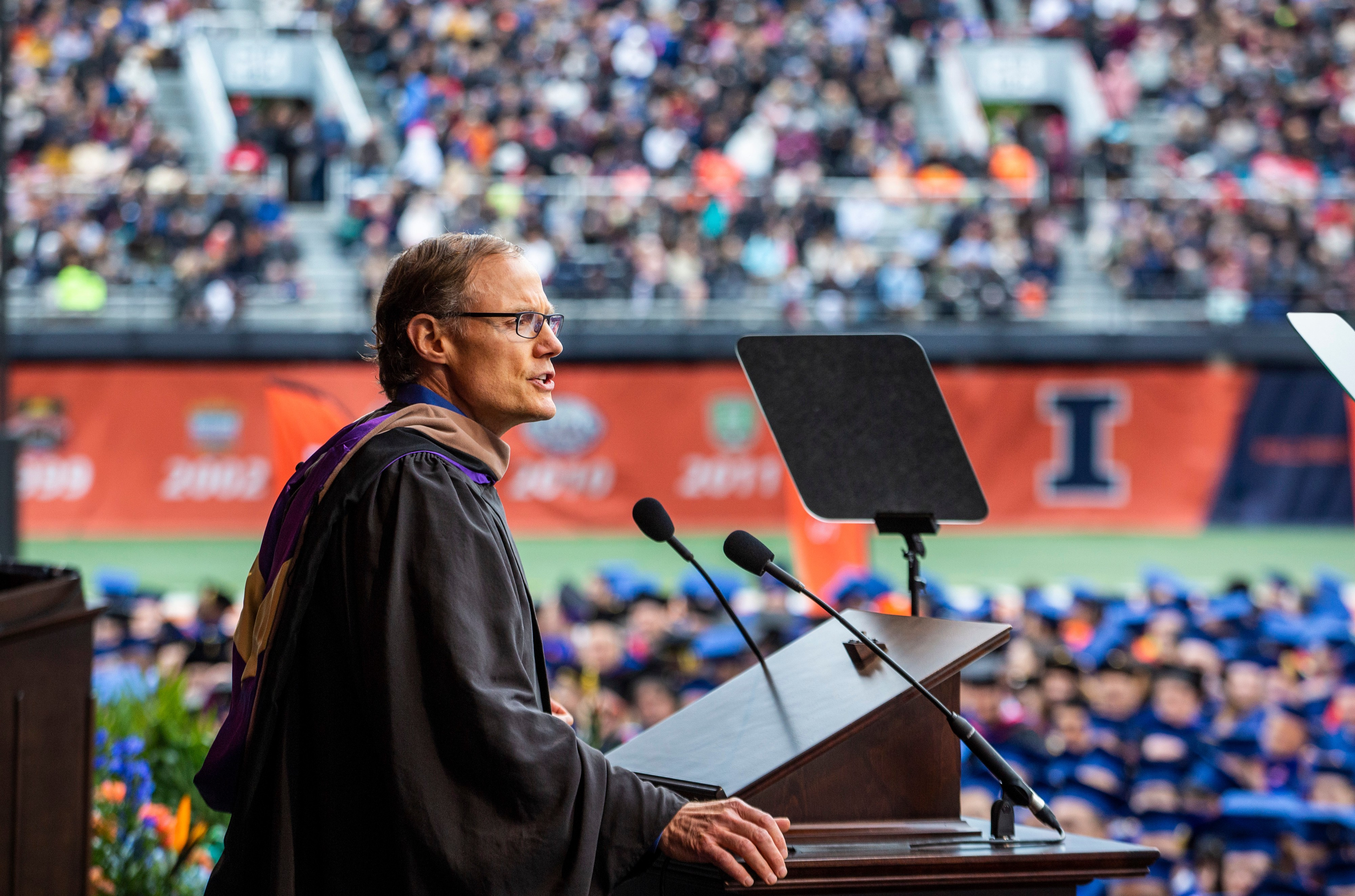 """Illinois 2019 Commencement Speaker Larry Gies: """"Find your why"""""""