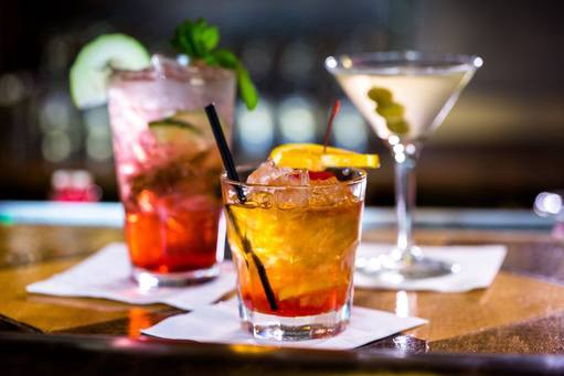 Welcome to Hellodrinks — Beer, Wine, and Spirits delivered across