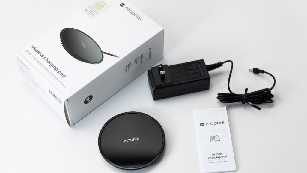 Mophie Wireless Charging Pad Review Mac Sources By Macsources Medium Find great deals on ebay for mophie wireless charger. mophie wireless charging pad review