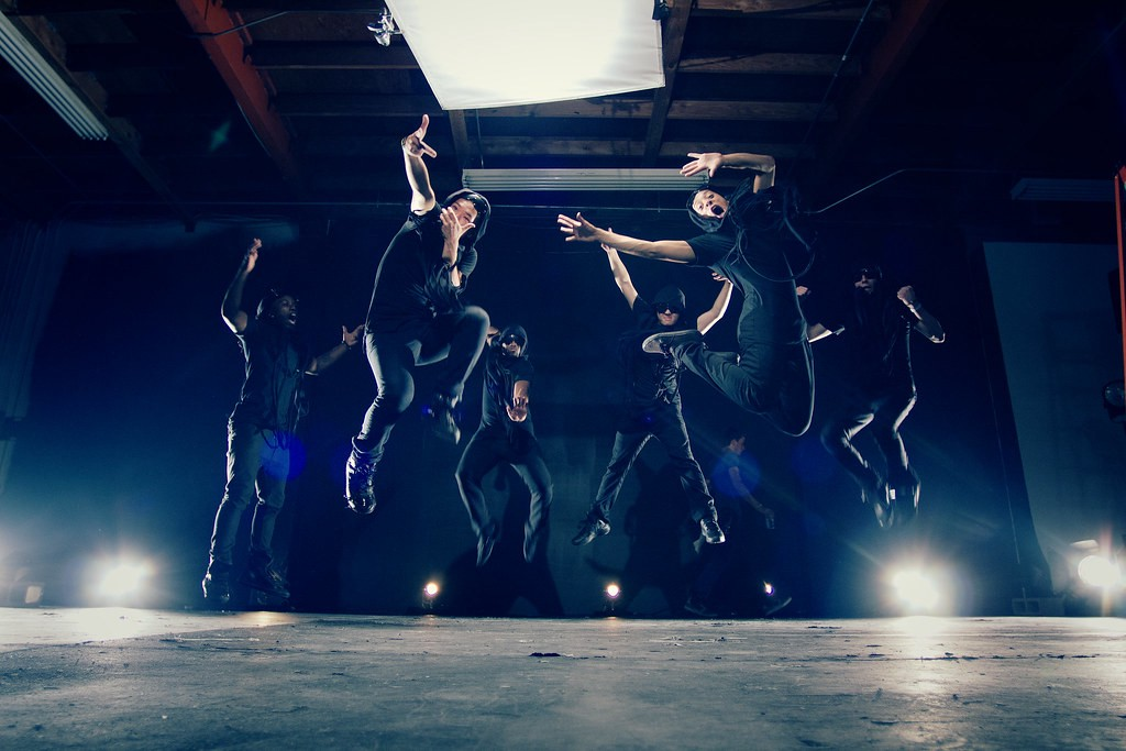 In Sync Why The Best Hip Hop Dance Teams Are So Good By Jackie Williams The Startup Medium