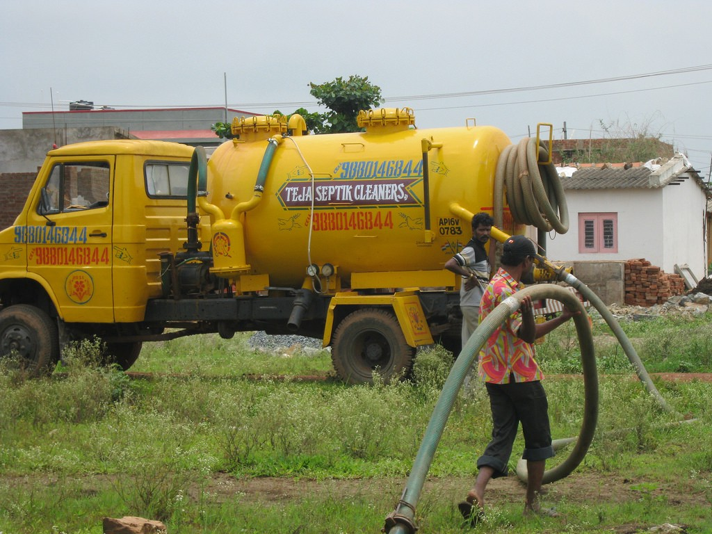 Septic Tank Cleaning CT. If your thinking about septic cleaning… | by  Daniel Sexton III | Medium