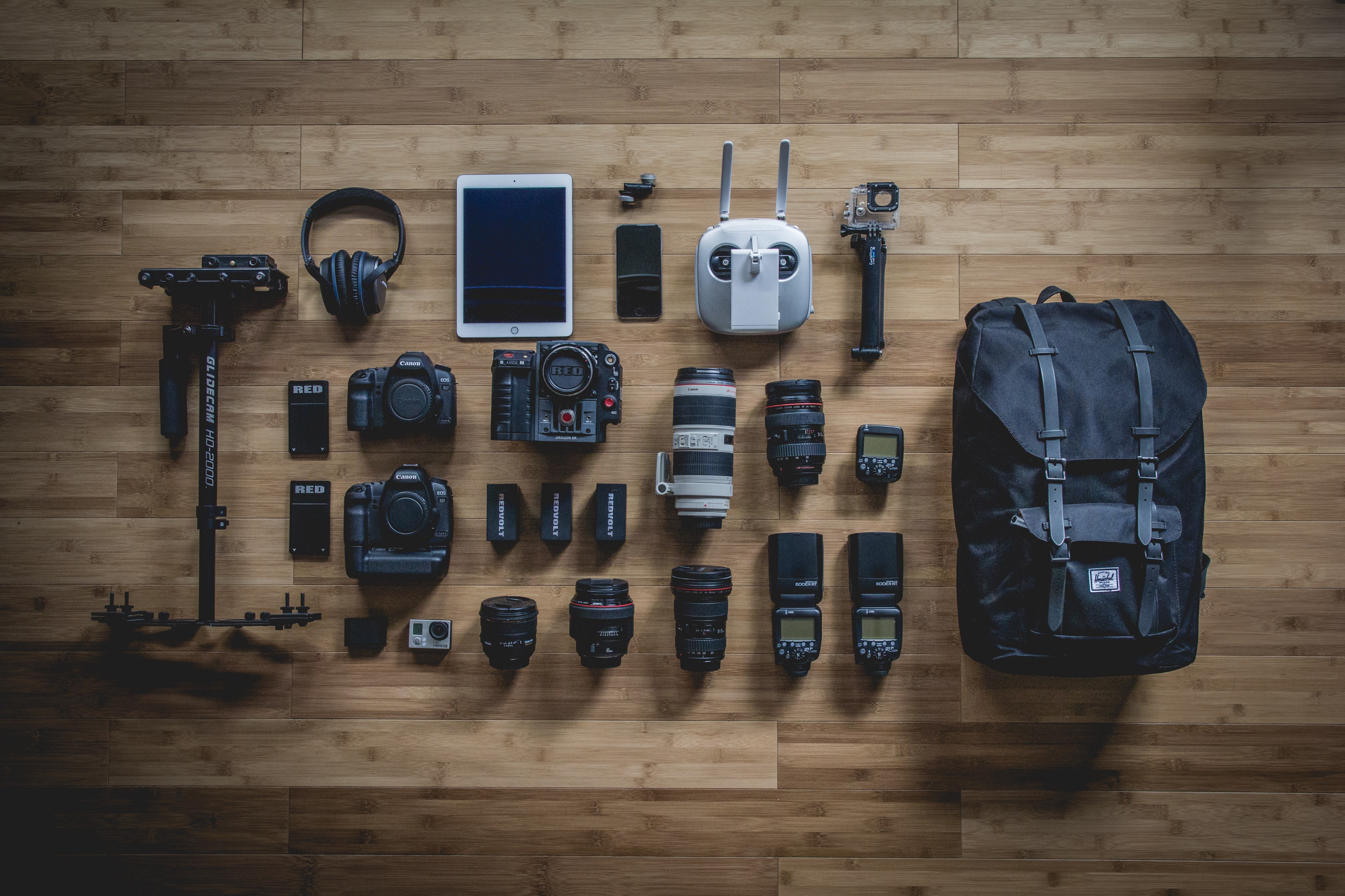 photo of a highly organized backpack with photo gear