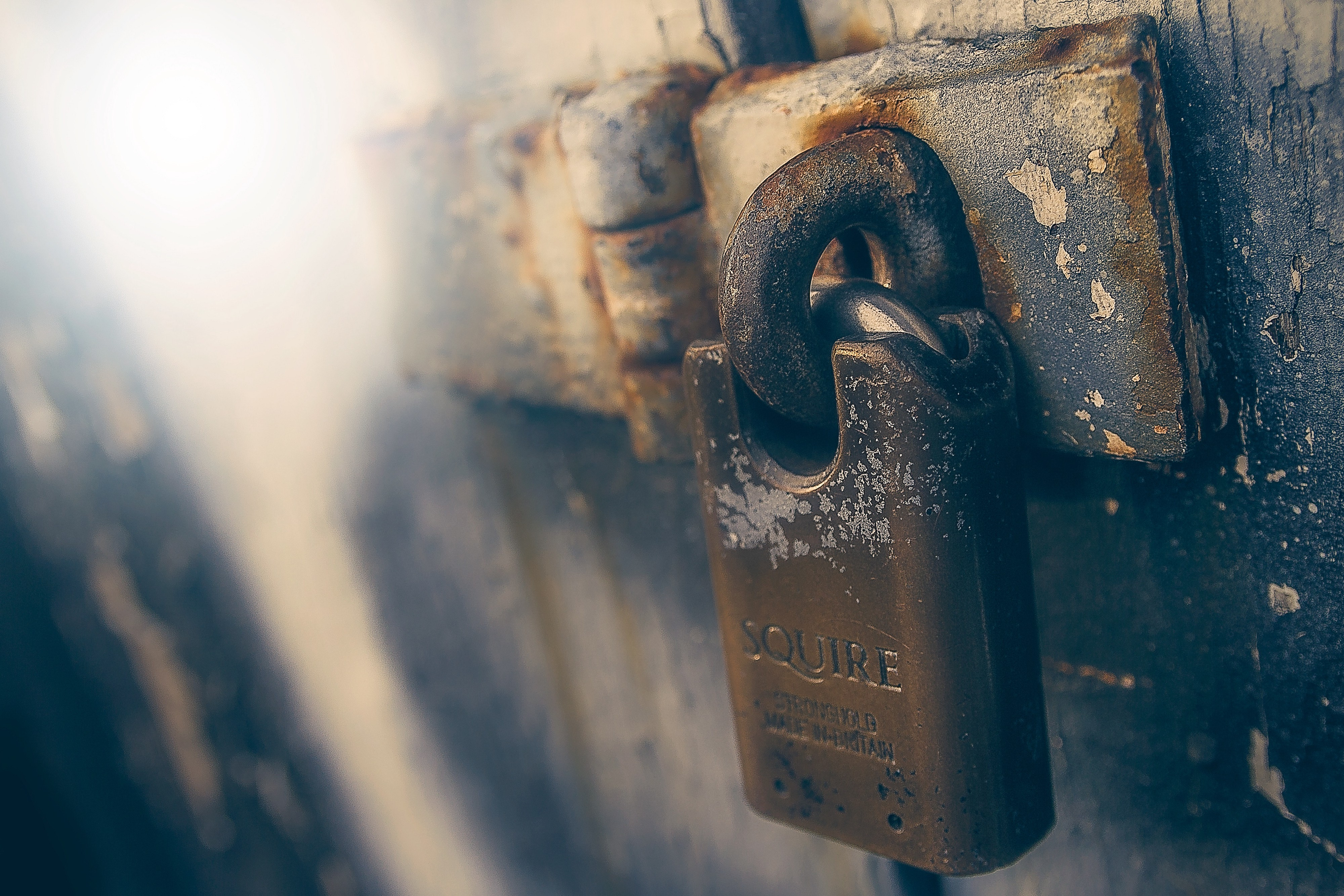Storing confidential data in the cloud securely with Cryptomator