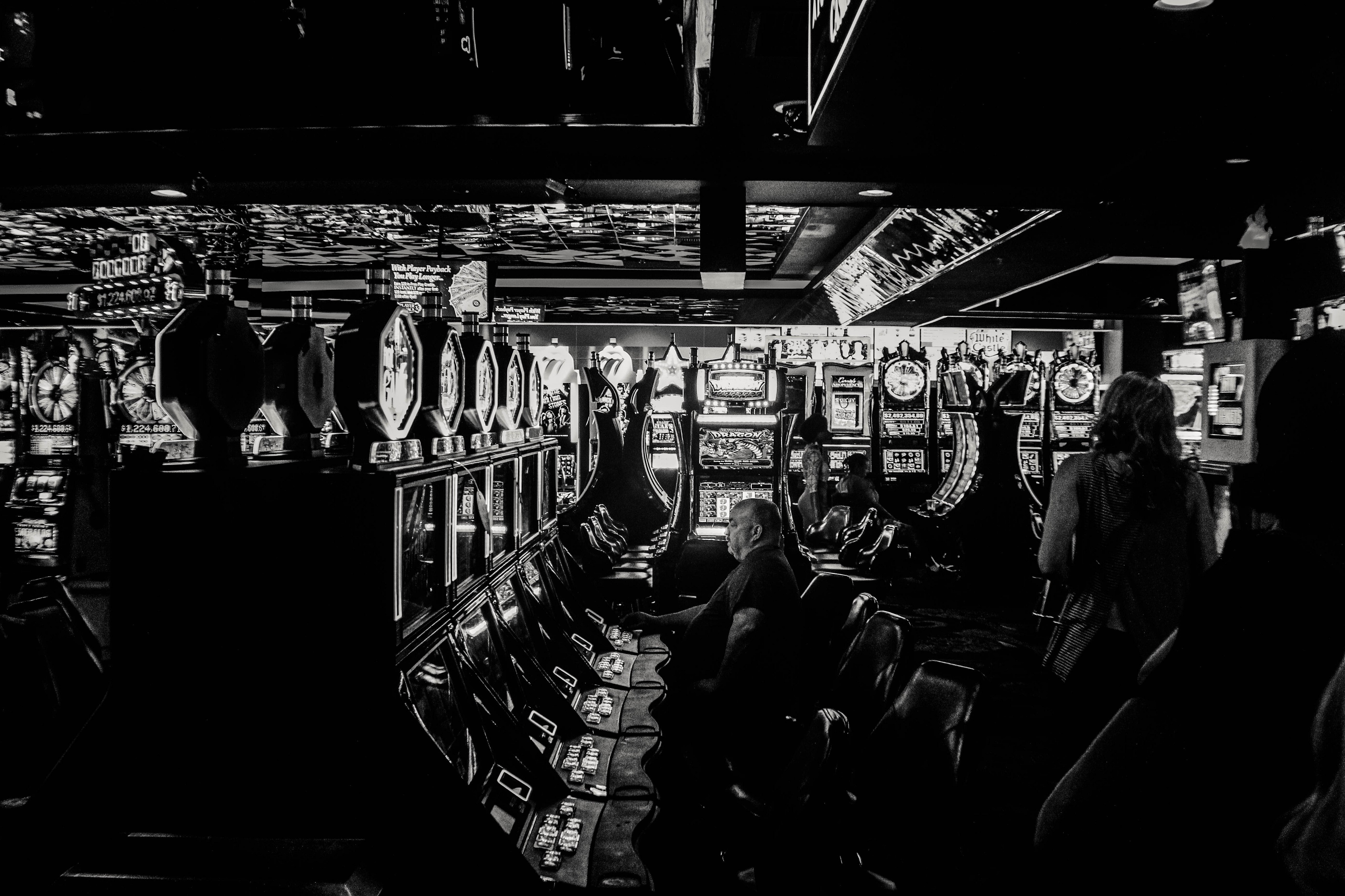 What Living In A Casino Taught Me About Managing Career Risks