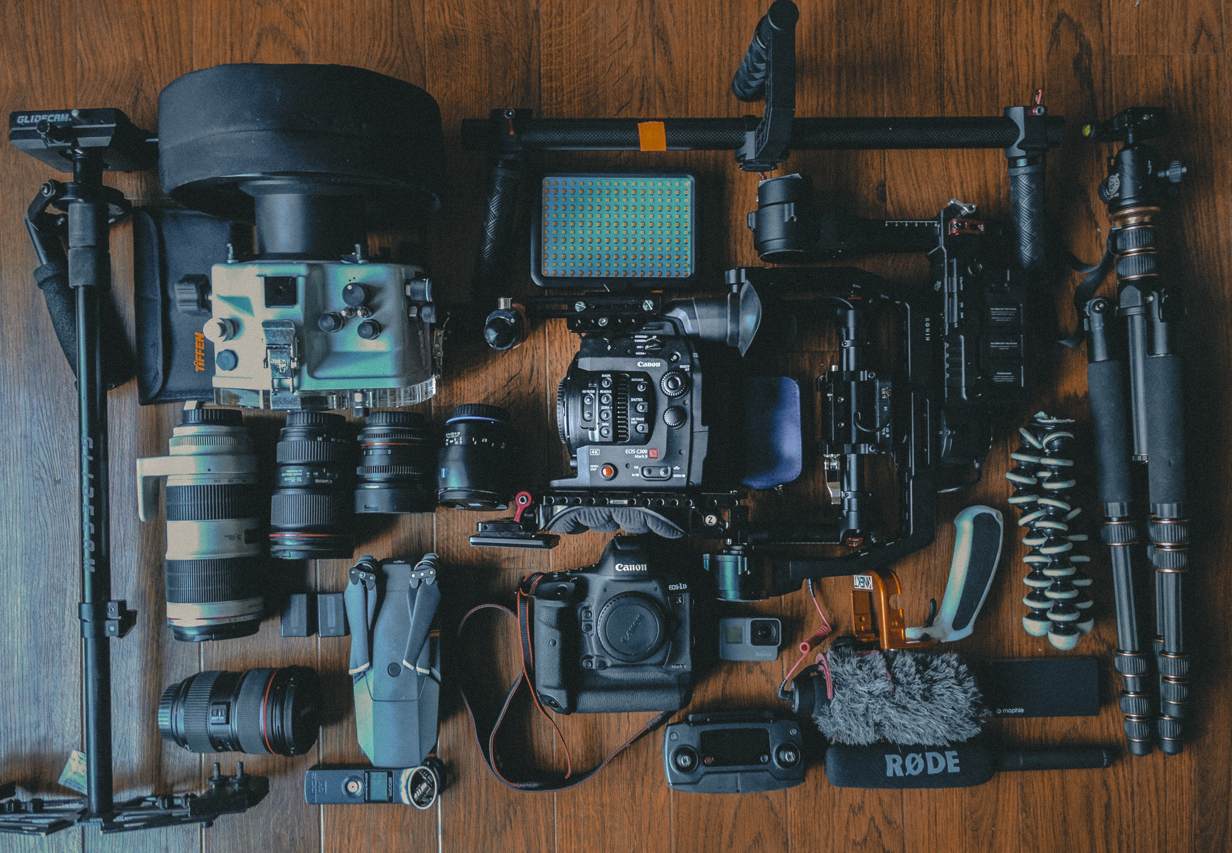 What is the best budget video gear? - Striqo - Medium