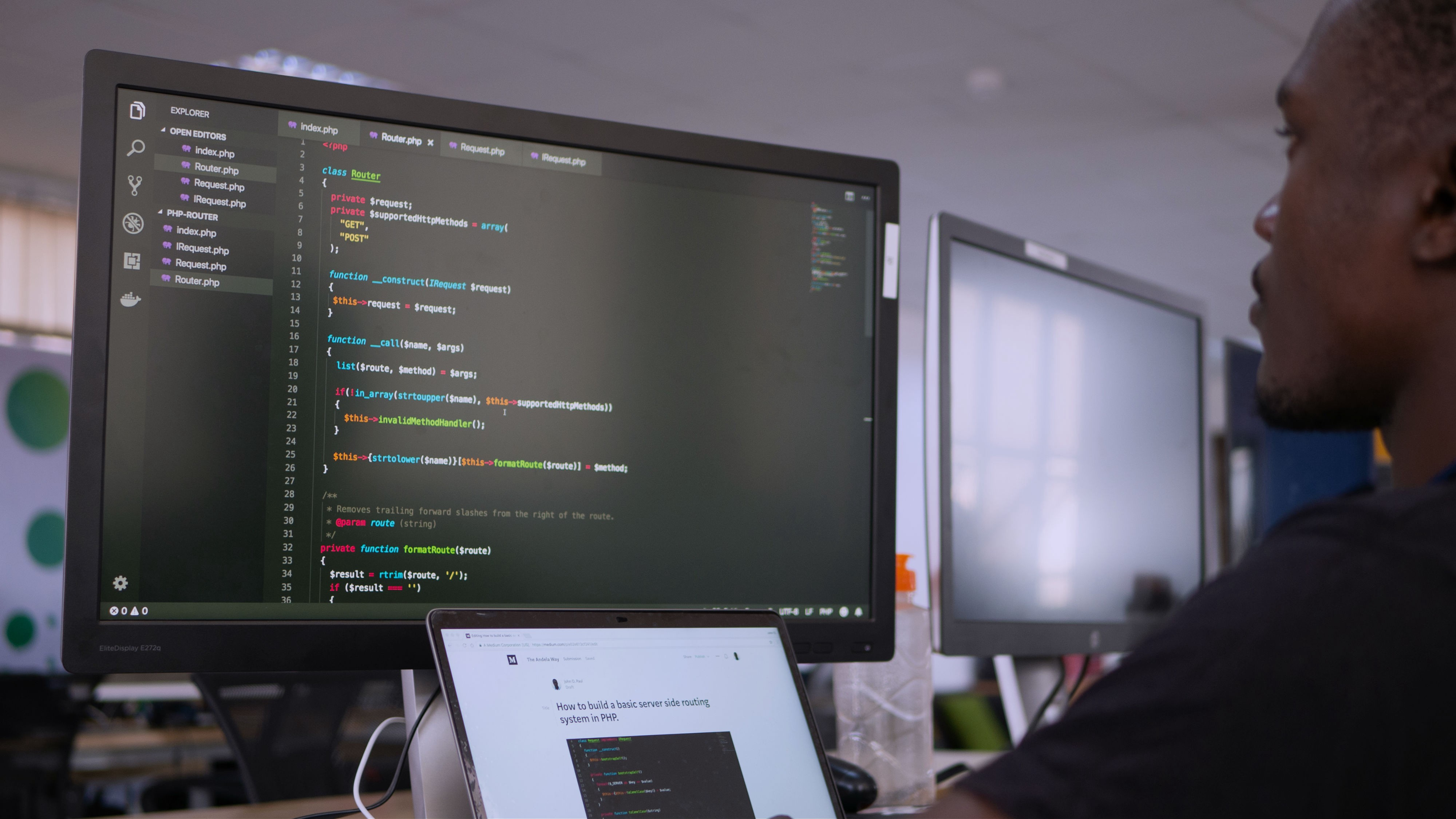 How to build a basic server side routing system in PHP