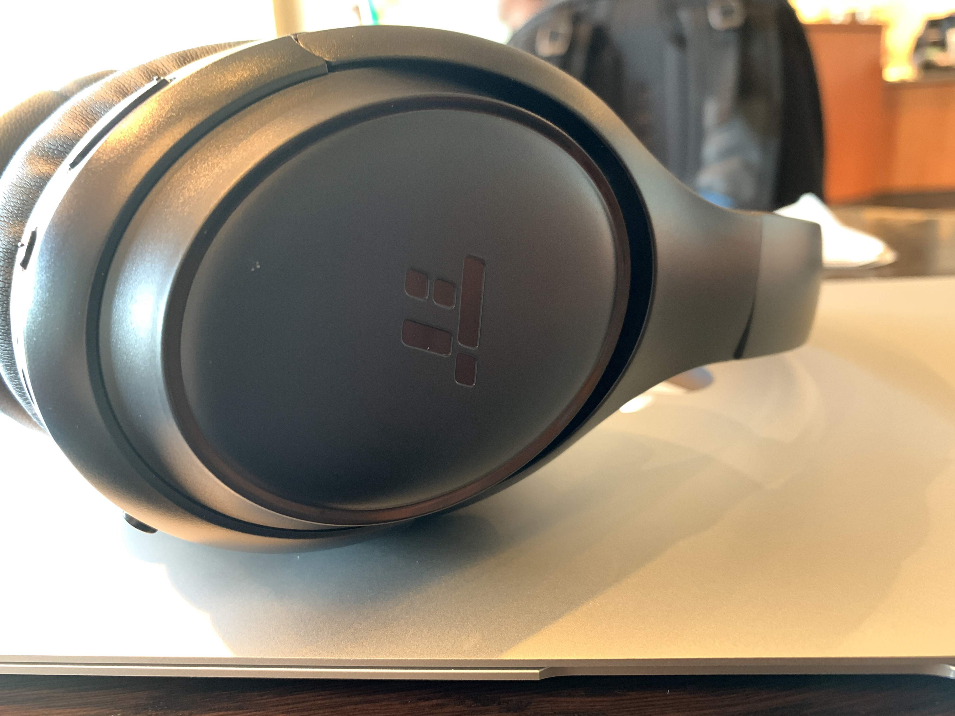 TaoTronics BH060 Wireless Noise Cancelling Headphones: The