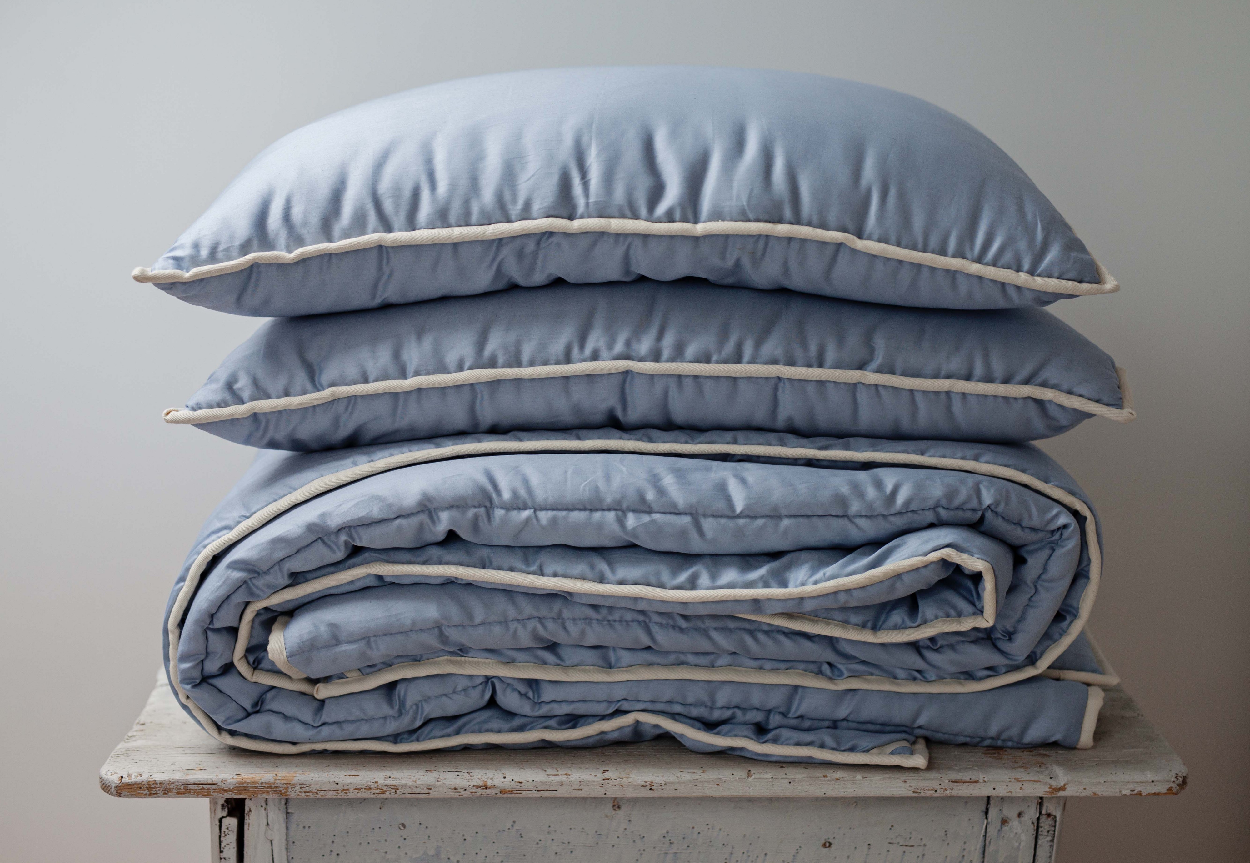 Find The Right Storage For Your Bedding By Labosnakties Medium