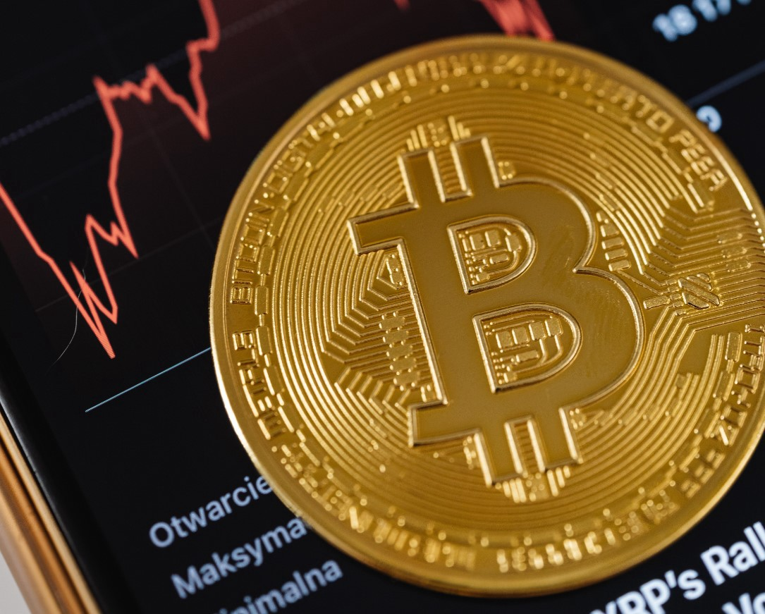 Is Bitcoin overpriced?. Bitcoin keeps coming up in the news and…   by  Giannis Kipouros   Jan, 2021   Medium