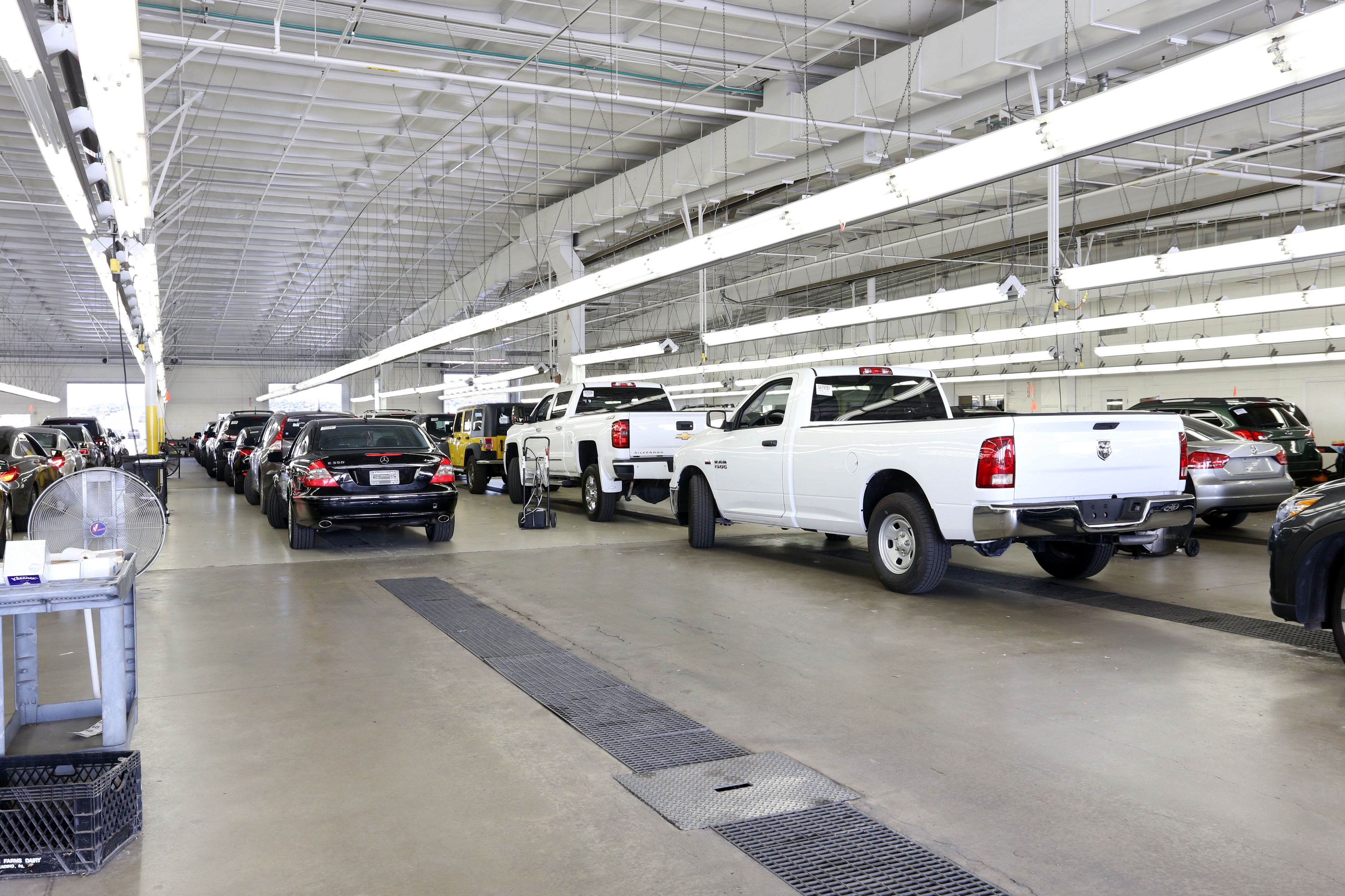 A Look Inside Our Manheim Auction Sites - Life At Cox - Medium