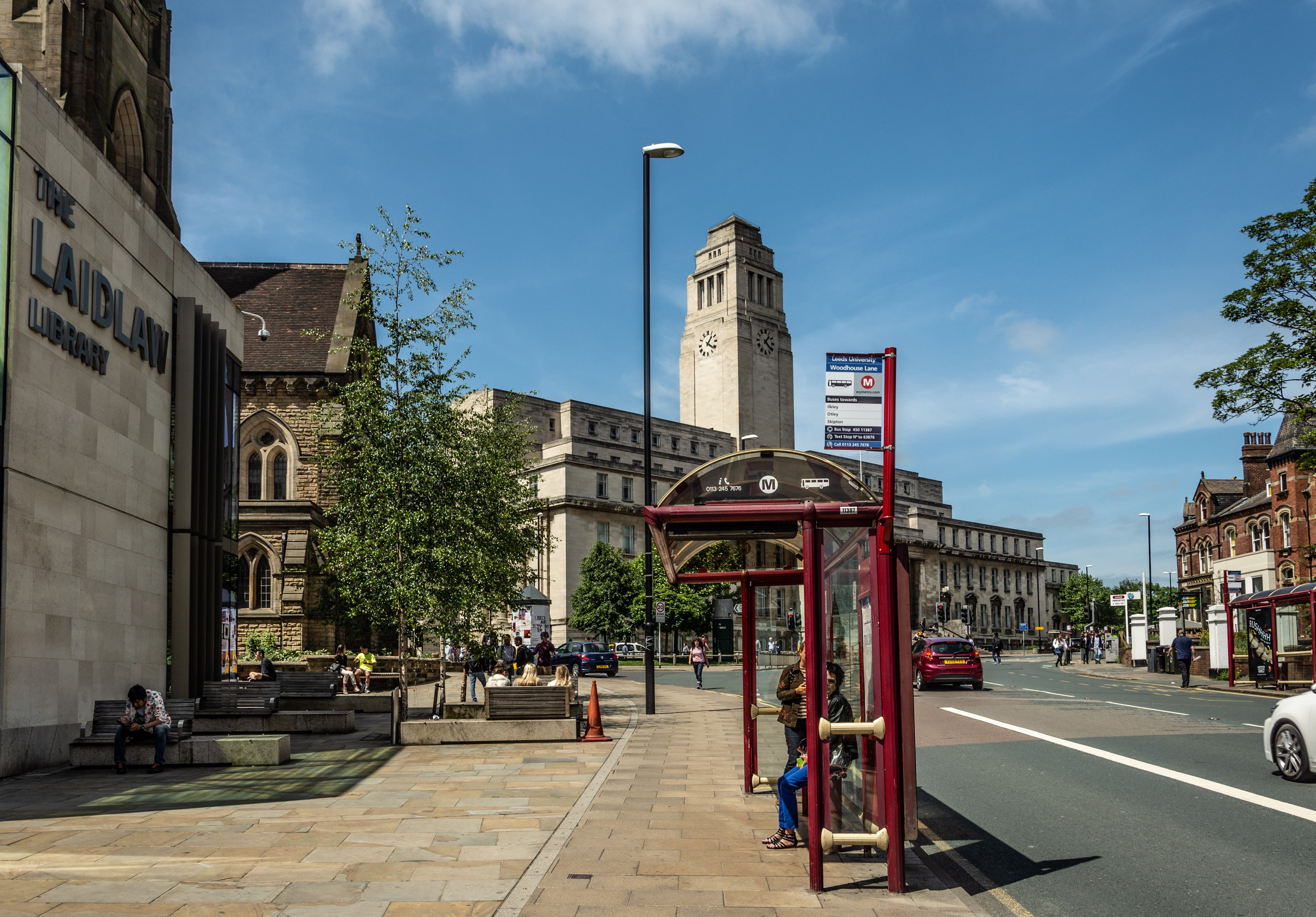 Travelling to campus on open day - University of Leeds - Medium