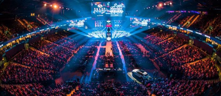 esports has certainly caught the attention of a lot of people we hear morning talk show hosts discussing fortnite we have seen streamer ninja interviewed - esports arena fortnite