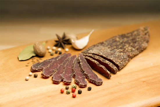 sliced-biltong-with-spices