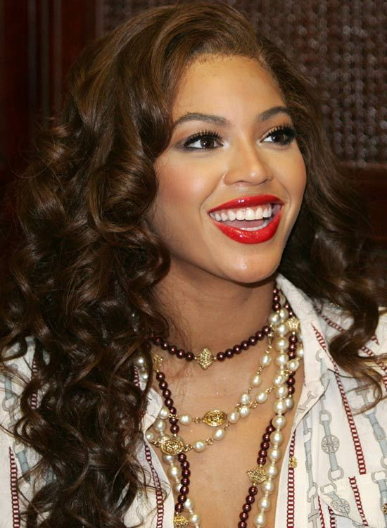 Amazing Layered Hairstyles For Curly Hair