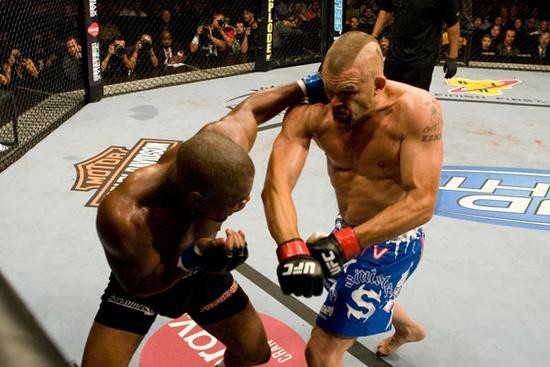 Rashad Evans throwing a massive knockout punch at Chuck Liddell