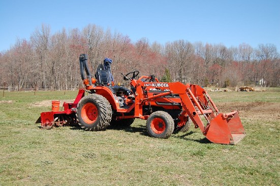Kubota B7500 Used Tractor Checklist - Mike Anniston - Medium