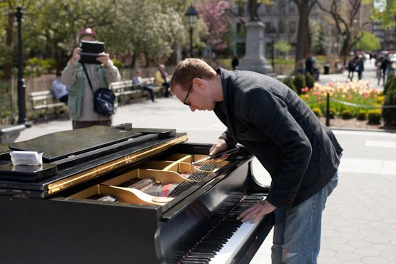 """A Day In The Life Of """"The Crazy Piano Guy"""" Of Washington"""