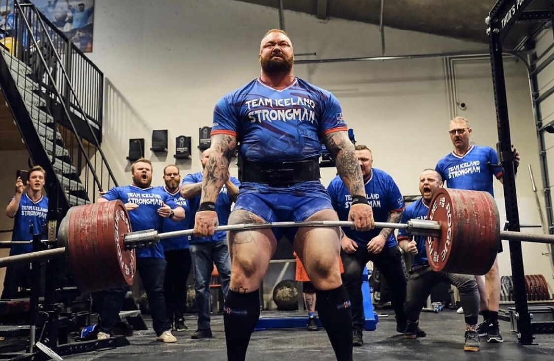 Deadlifting Thoughts And Program By Brandon Lilly Medium