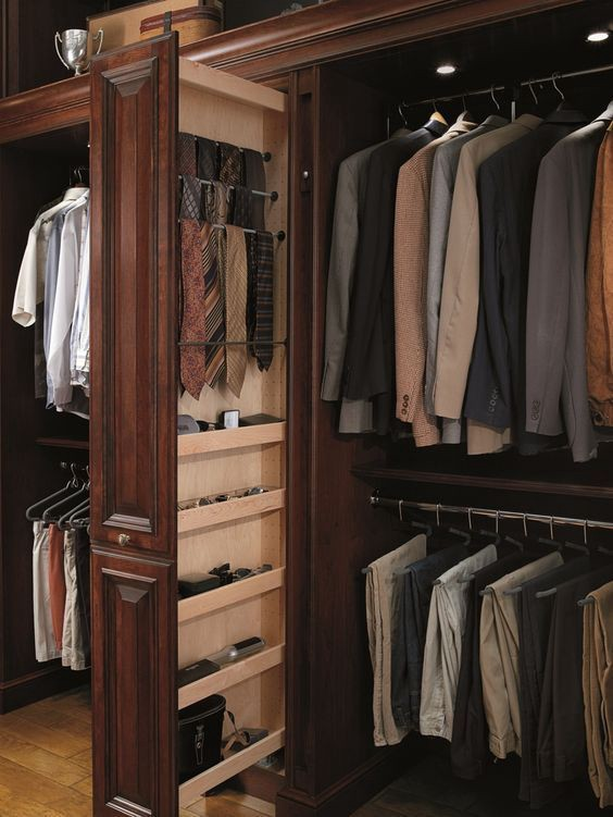 Zane Barlas Man Closet Organize Custom Suits