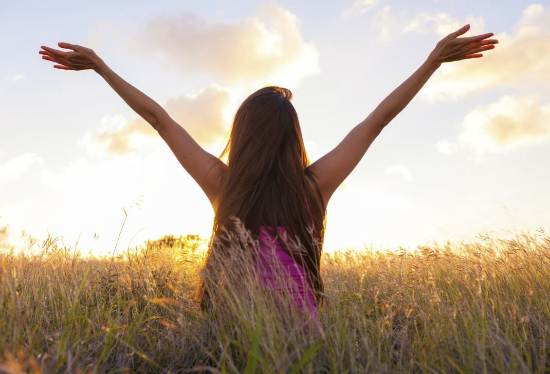 How To Simplify Your Life Without Becoming A Minimalist - cover