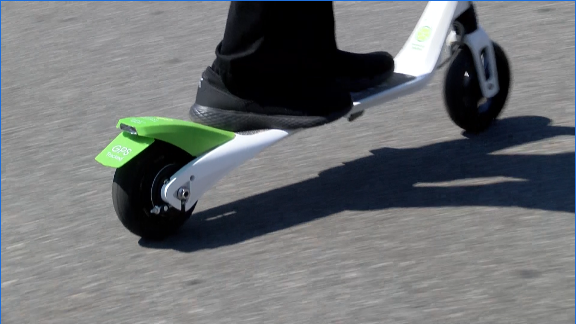 The rider experience of micro-mobility products: scooters
