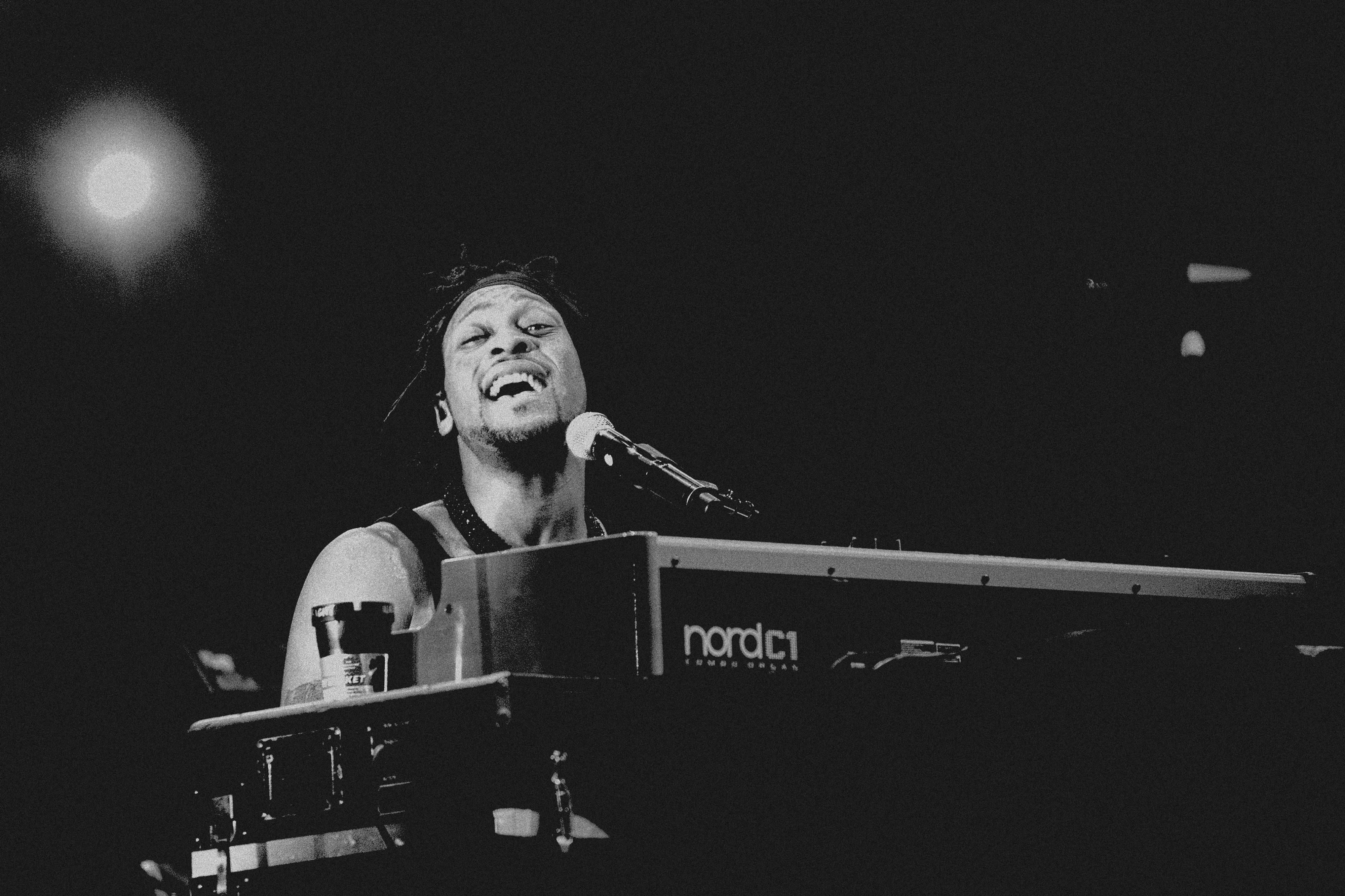 NYU Music Professor Gives D'Angelo An A+ - Cuepoint - Medium