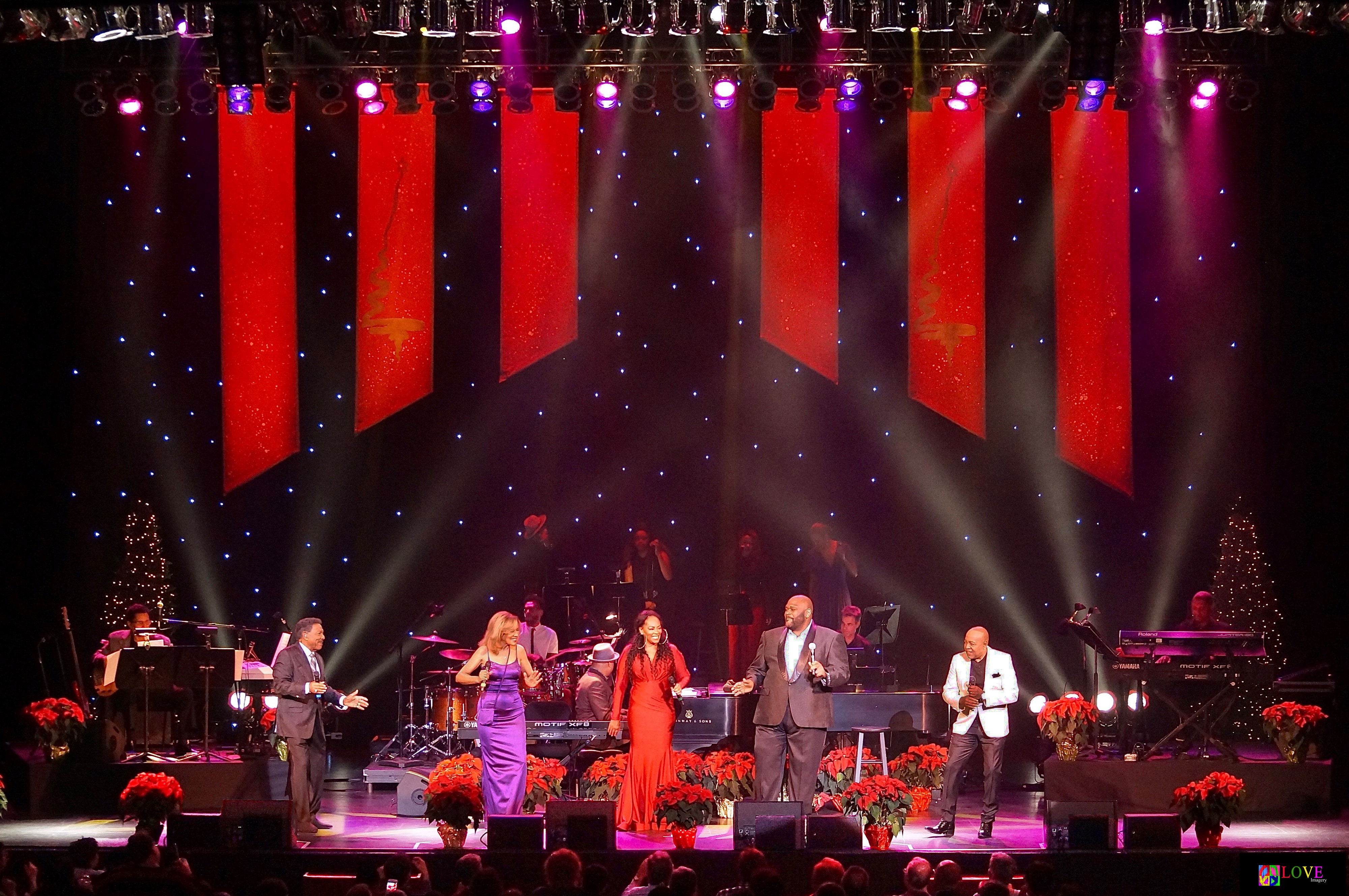 Luther Vandross With A Christmas Heart.The Colors Of Christmas Live At New Brunswick S State Theatre