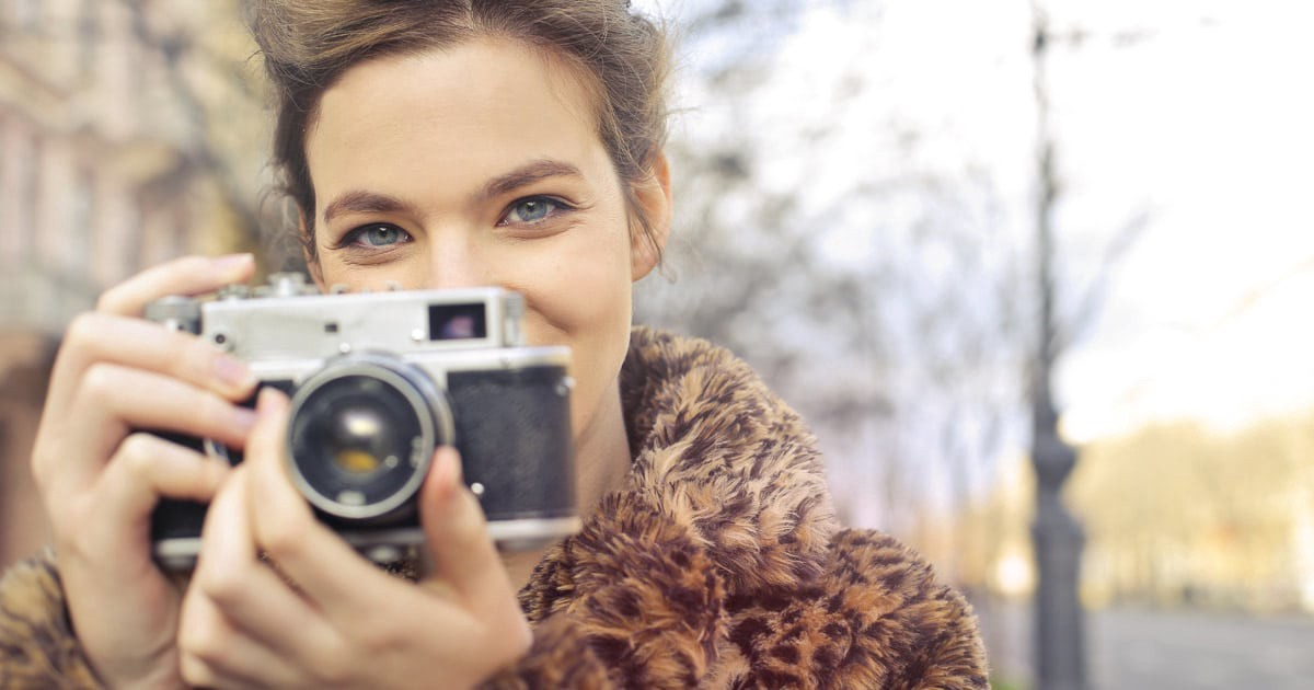 A Do-it-Yourself Guide to Web Photography