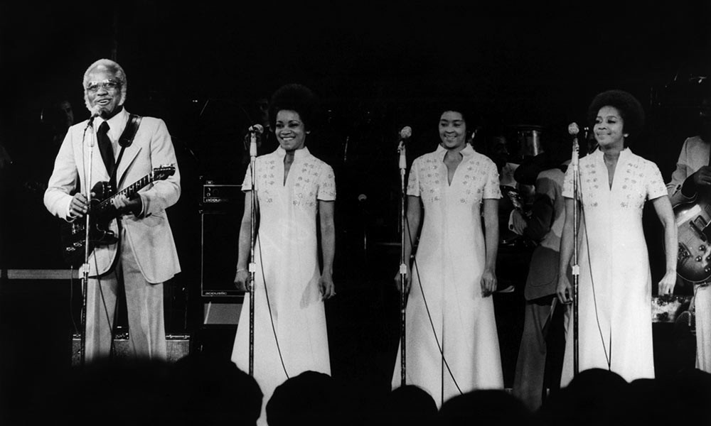 The Best Stax Vocal Groups You Need To Hear - uDiscover Music - Medium