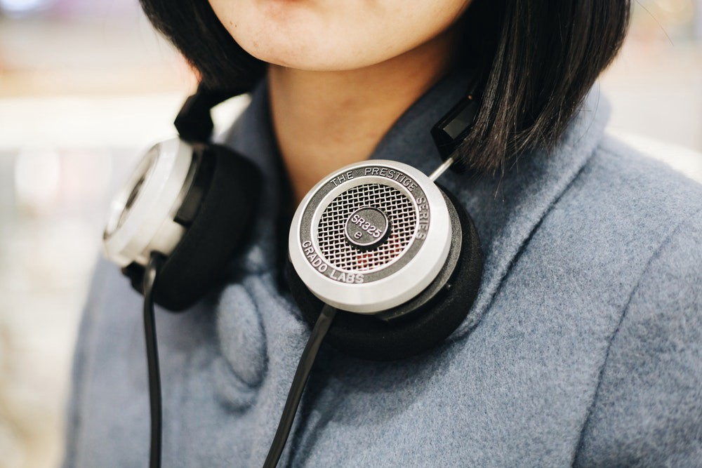 The Top 40 Podcasts to Fuel Your Productivity