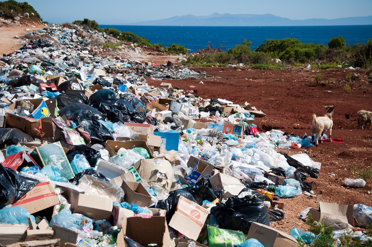 Applying Machine Learning for Analyzing and Predicting Illegal Dumpsites