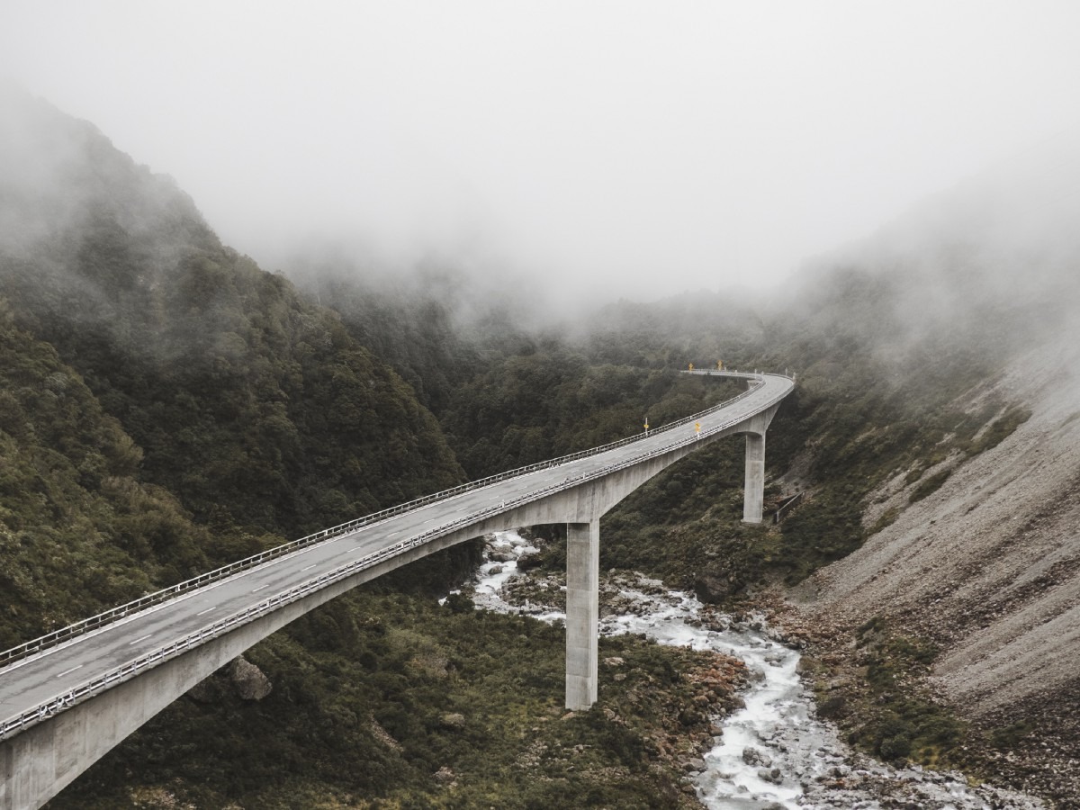 How to bridge Machine Learning and Software Engineering