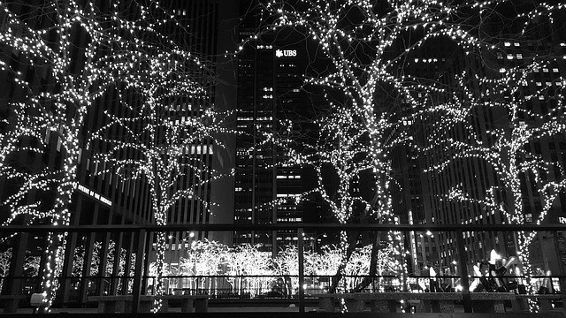 New York Christmas Time.7 Songs About Christmas In Nyc Hello Bigapple Medium