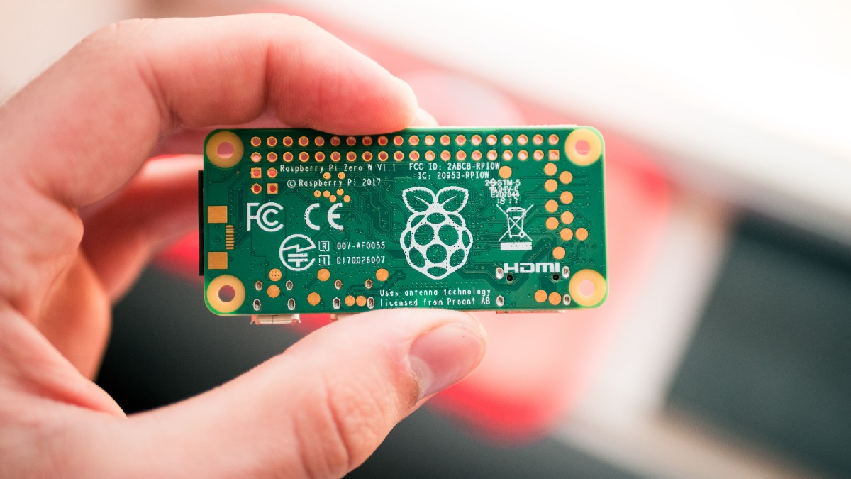 Build a Custom Linux for IoT!