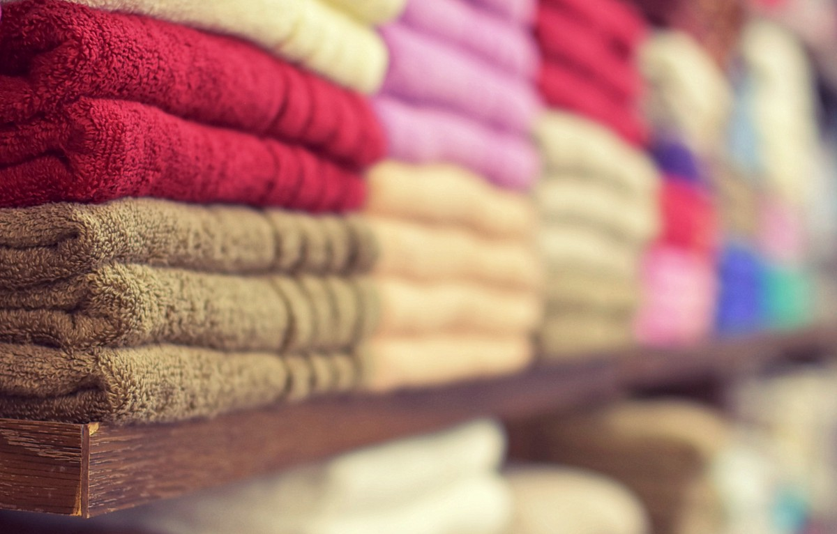 How to refresh towels once this happens? A simple solution with vinegar and baking soda