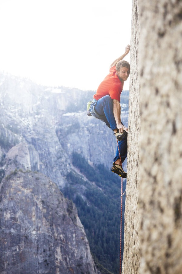 Tommy Caldwell scaling the Dawn Wall
