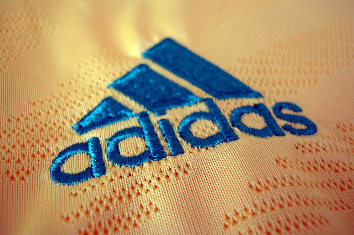 sin Falange Mecánico  Adidas invests 1 million euros in these startups to accelarate results | by  Alejandro Brega | Medium