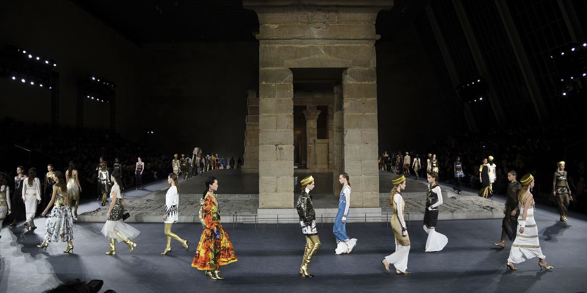 Art & Fashion — Karl Lagerfeld — Egyptian-themed collection