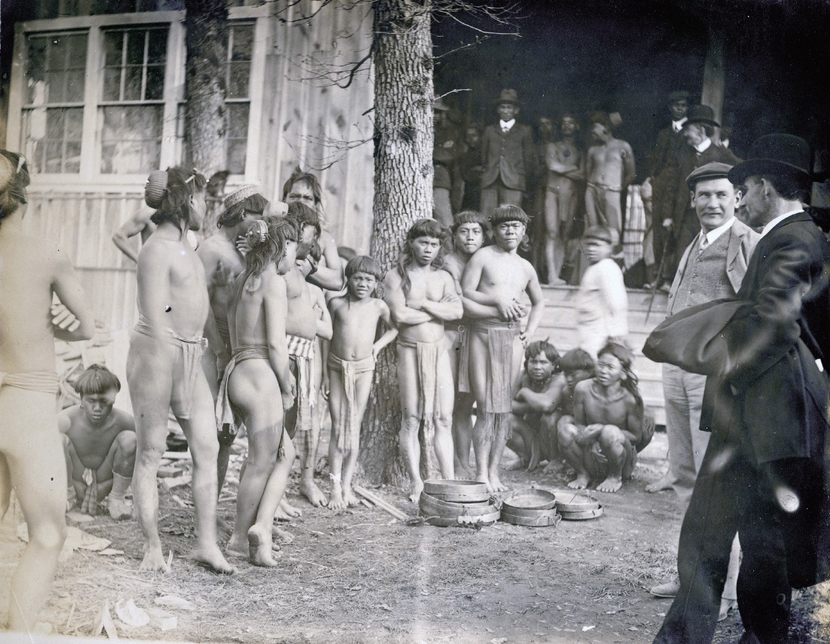 These horrifying 'human zoos' delighted American audiences at the turn of the 20th century