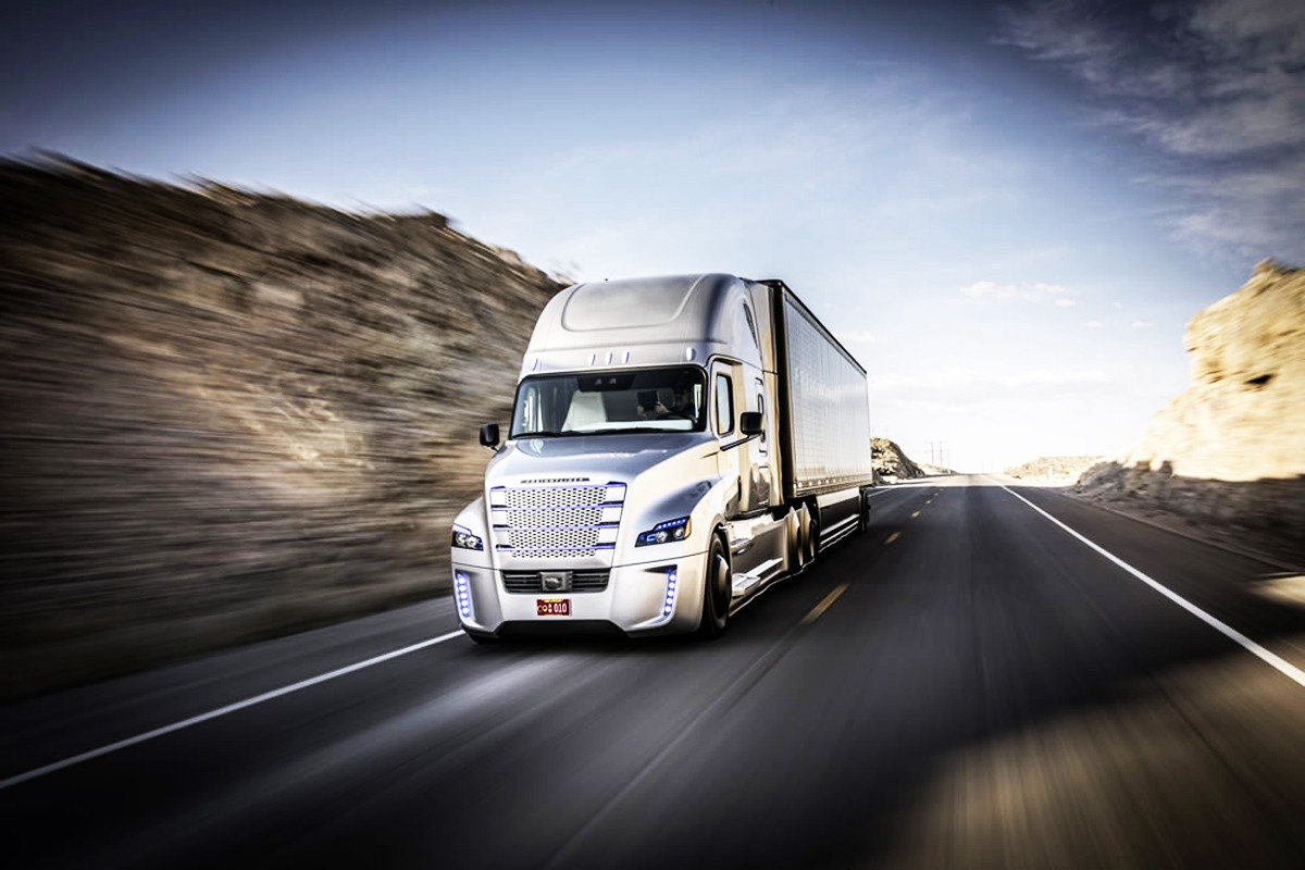 2015 Freightliner Cascadia >> Self-Driving Trucks Are Going to Hit Us Like a Human-Driven Truck – Medium