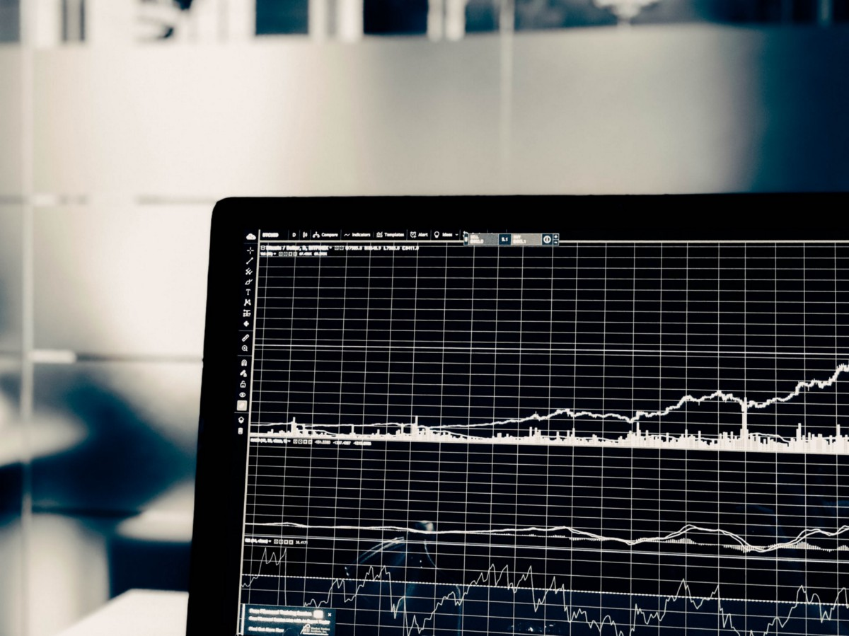 The easiest way to evaluate the performance of trading strategies in Python