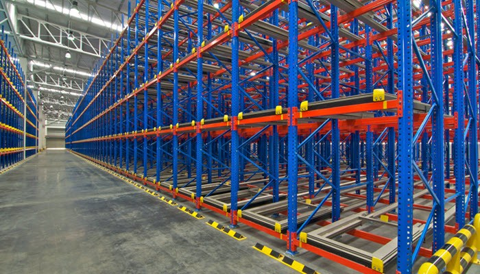 Advantages of Using Different Types of Pallet Racking Systems